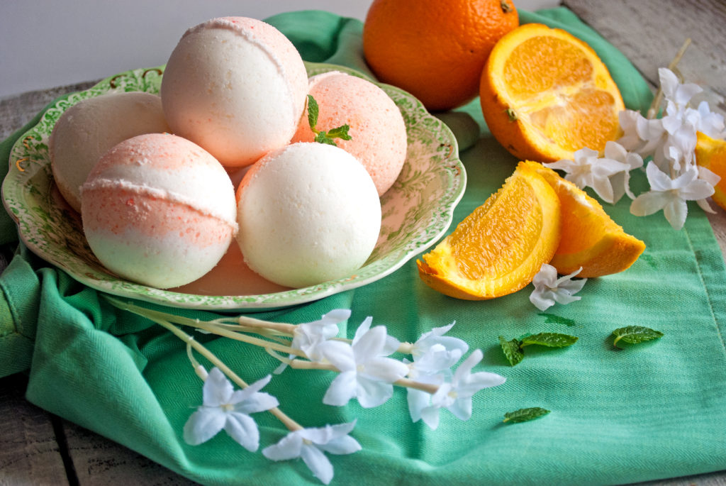 Oranges and Cream Bath Bombs