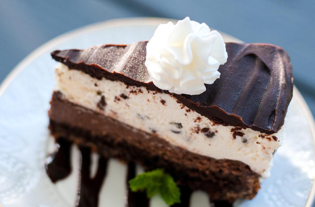 Copycat Cheesecake Factory Tuxedo Cake